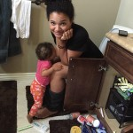 Photo of Mom Breastfeeding on the Toilet Goes Viral
